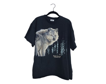 Vintage Wolf Forest Rocky Mountain National Park Black 100% Cotton Blend Crewneck T-Shirt, Made in USA - XL