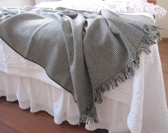 Bed scarf -bed runner coverlet -Shabby chic bedding-houndstooth flannel throw blanket -twin bed sofa couch throws - bedspread gray black