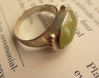 Vintage Green Jade Sterling Ring signed sz. 7