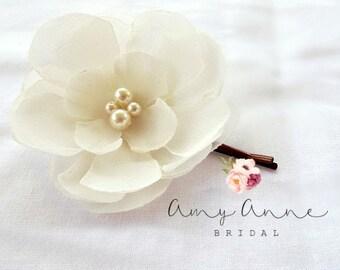 Ivory Bridal Flower Hair Clip, Wedding Hair Accessory, Bobby Pin, Fascinator, Chiffon, Pearl Beads, Bridal Head Piece