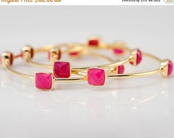 40 OFF - Bangles - Fuchsia Pink Chalcedony Bangles -  Hot Pink Bangles - Gemstone Bangles - Stacking Bangles - Gold Bangle