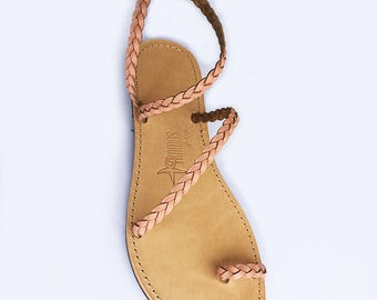 The Adele Sandal - Peach leather