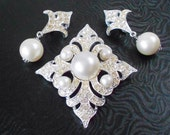 Pearls and Rhinestones  Earrings, Vintage 1960's, Art Deco Bride, Sarah Cov set, Wedding jewelry, Classic, White and Silver