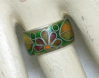 Vintage Chinese Cloisonne Band, Early 20th Century. Green, Purple Floral. Size 4-5