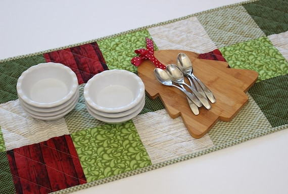 Green Red Christmas Quilted Patchwork Table Runner