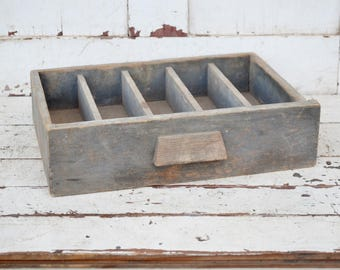 Divided Gray Wooden Drawer 5 Sections Vintage Shelf Display Rustic Primitive Shabby Patina Storage Box Money Tray Repurpose