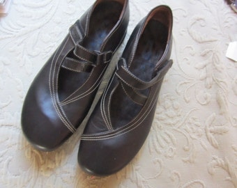 NWOB sz 40 wolky black leather womens shoes, FREE SHIPPING