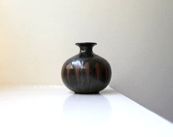 Vintage Modern Bud Vase Bulb Shaped Hand Thrown Studio Pottery Weed Pot