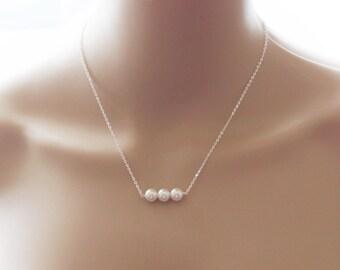 Triple pearl necklace- Bridesmaid pearl necklace- Bridesmaid jewelry- Bridesmaid gift -Bridesmaid necklace- bridal necklace gift- 3 pearl