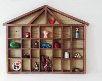 Big Vintage Wooden House Display Child Nursery Decor