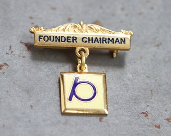 Founder Chairman Lapel Pin - Initial Letter P Brooch - for Important and Formal Occasions