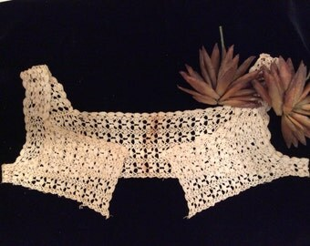 Vintage  Crocheted  Lace Camisole Top, Vintage Clothing, Vintage Crochet