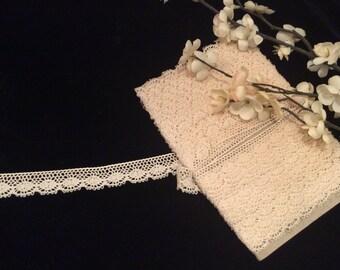 Vintage Ivory Cotton Lace, Vintage Country Lace, Vintage Lace Edging