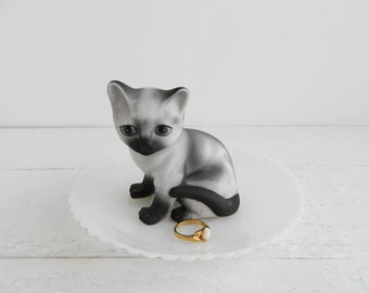 Vintage Siamese Cat Ring Dish, Figurine & Saucer Trinket Holder, Kitschy Jewelry Display - MacBeth Eavsn Petalware
