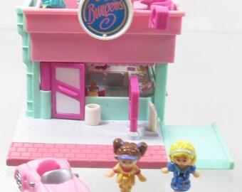1994 Vintage Polly Pocket Drive-Thru Burger Stand Bluebird Toys (39724)