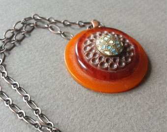 Vintage necklace with Victorian era button