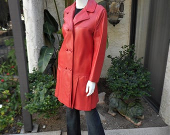Vintage 1970's Red Leather Coat - Size Medium