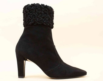 80s does 50s Vtg CHARLES JOURDAN Black Suede Leather & Persian Lamb Fur Ankle Boot High Heels / Pointed Toe Pin Up Glam 7 Eu 37.5