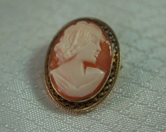 1950's Gold Filled Handcarved Cameo Pendant/Brooch