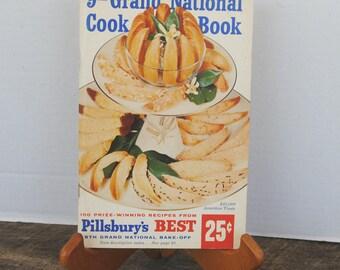 Vintage 9th Grand National Cook Book Pillsburys Best