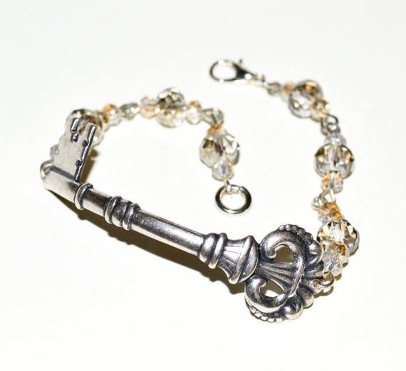 Key Bracelet - Champagne