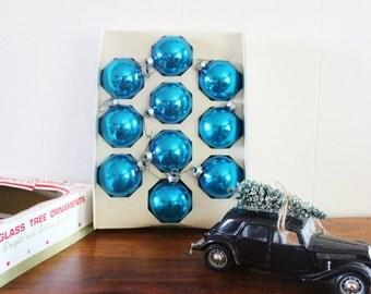 vintage christmas ornaments, vintage baubles, glass ornaments, blue glass ornaments, round ball ornaments, glass baubles