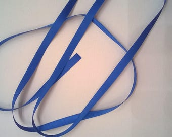 Lumineux en soie ruban de Satin bleu, double face - 1/4 pouces - 6mm - vendu par la Cour
