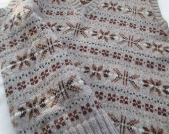 Hand Knit Vest Fair Isle Men Tank Top Pure Wool Slip Over Size 42 Vintage 1940's Style Ready to Ship