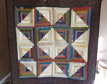 Log cabin quilt, scrappy quilt, Lap quilt 0214-01