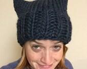 BLUE Pussyhat: bulky yarn denim blue
