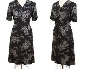 1940s Dress // White Floral Bouquet with Bows on Black Rayon Dress