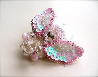 Brooch Beetle  - Embroidered Brooch - Pink brooch - Wool brooch- Handmade brooch - Pink Beetle brooch