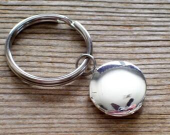 Silver Locket Keychain, Unisex Locket Keychain, Silver Plated Locket Key Chain, Unisex Silver Locket, Silver Photo Locket, Unisex Locket