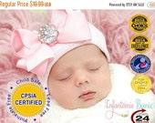 SALE newborn girl take home outfit Newborn Beanie White and Pink Beanie with Bow Portrait Hat Newborn Hospital Hat Baby Girl Infanteenie Bea