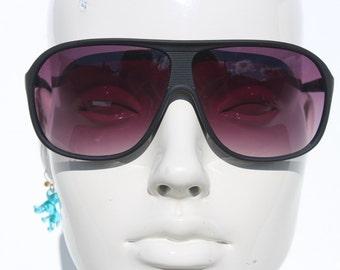 Vintage Aviator Sunglasses - black matte Sun glasses - Vintage Classic Unisex - chunky frames large adult Unworn vintage-menswear unisex