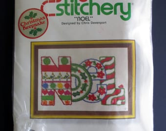 1978 Jiffy Stitchery Christmas Embroidery Kit NOEL #172