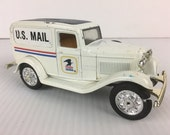 Ertl Replica Ford 1932 Ford US Mail Delivery Van Diecast Metal Truck Coin Bank