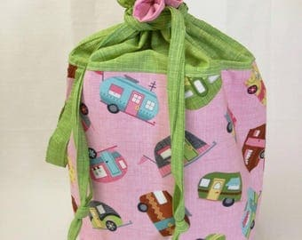 Project Bucket - drawstring closure, handle, organizer pocket - Pink Campers