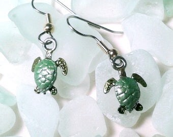 Hand Painted Sea Turtle Earrings: Hypoallergrnic wires