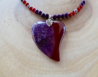 18 Inch Red Carnelian and Purple Agate Stylized Heart Pendant Necklace with Earrings