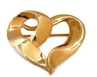 SALE Gold heart brooch, gold tone, open heart pin,  wavy dimensional, ribbon heart, figural brooch, shiny gold