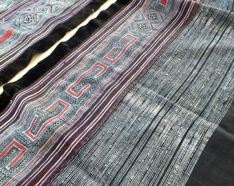 Handprinted Hmong Batik Vintage fabric,Homespun cotton fabrics- Table runner, Batik Artwork