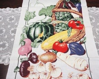 Vintage Linen Hand Towel - Farmers Market Vegetable Basket - Smithsonian