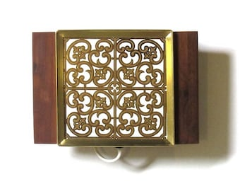 Georges Briard Electric Warmer Spanish Gold Scroll Design Hot Butler Food Warming Plate Wood Handles Mediterranean Style