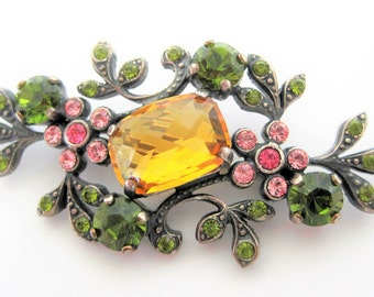 Citrine Faceted Brooch -  Peridot Floral Rhinestones - Dainty Flower Pin - Vintage Collectible