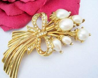 Pearl Bouquet Brooch - Rhinestone Floral - Wedding Bouquet Pin