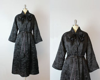 vintage 50s satin robe / 1950s black and pink dressing gown / quilted satin robe / glamour boudoir robe / satin housecoat
