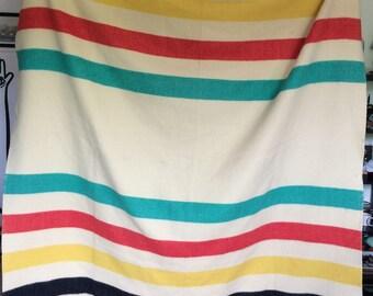 Large vintage polar star wool blanket