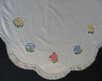 """Vintage Dresser Scarf, 17"""" X 39"""" hand embroidered with crocheted lace edging. shabby chic"""