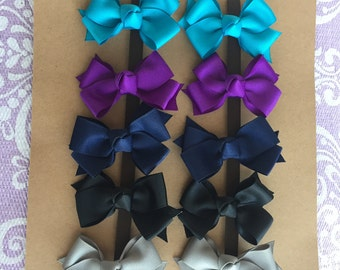 READY TO SHIP---Winter Colors---10 Small Classic Pigtail Bows